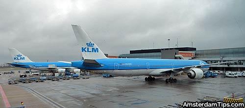 klm aircraft at amsterdam
