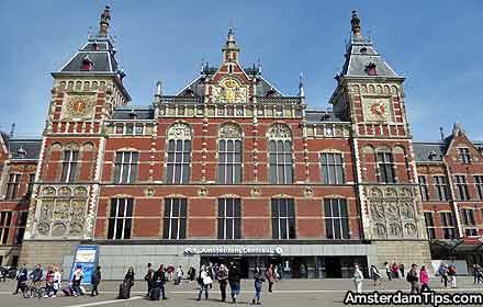 stations amsterdam