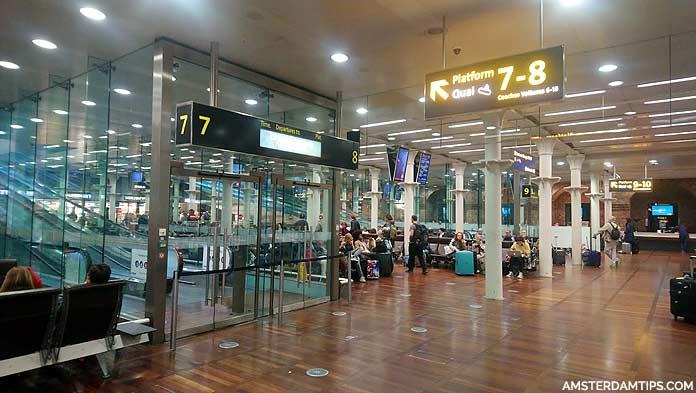 eurostar departure lounge