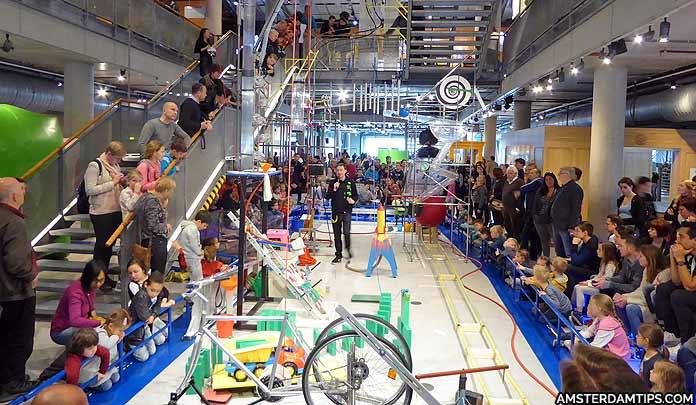 nemo science museum demonstration