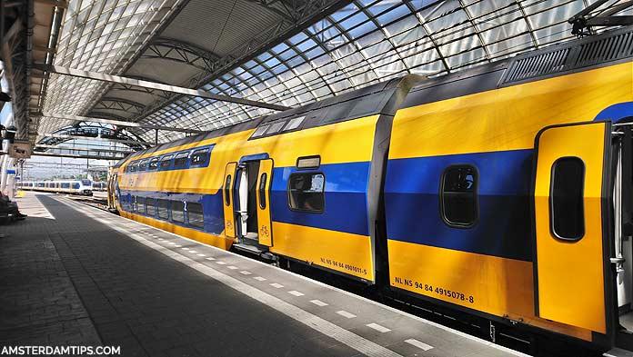 ns train amsterdam central