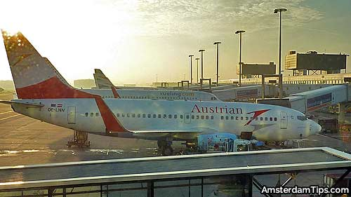 austrian airlines at amsterdam