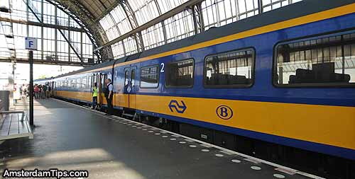 intercity brussels train amsterdam