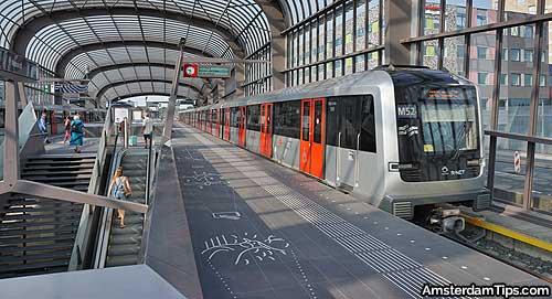 amsterdam noord station