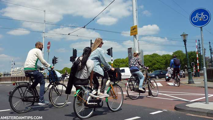amsterdam cycle lane