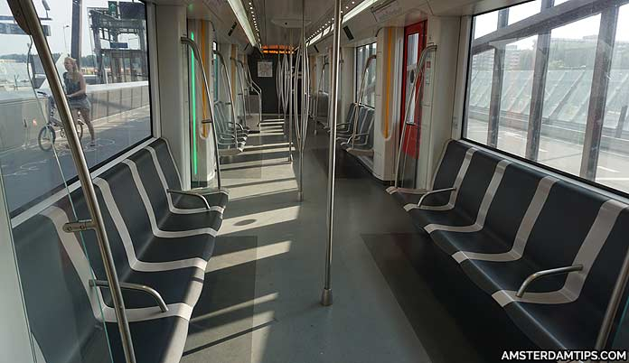 amsterdam metro train seats