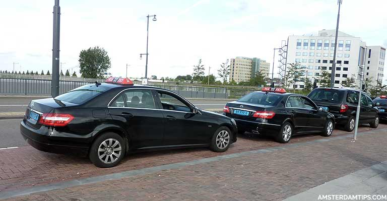 Taxis in Amsterdam - Guide to taxi cabs like TCA and Uber
