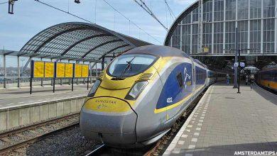 eurostar train at amsterdam