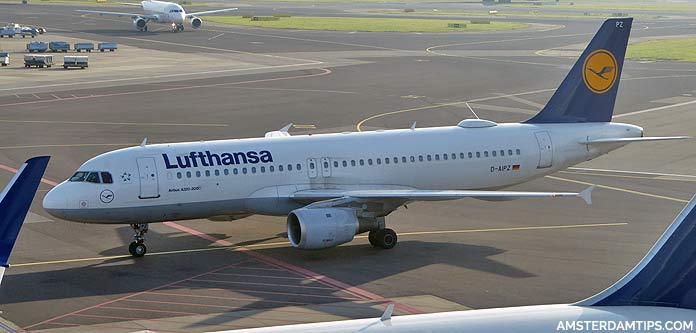 lufthansa aircraft at amsterdam