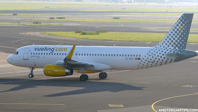 vueling aircraft at amsterdam