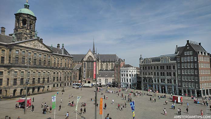 Dam Square in Amsterdam - Map and Guide