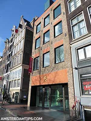 op solder museum building amsterdam