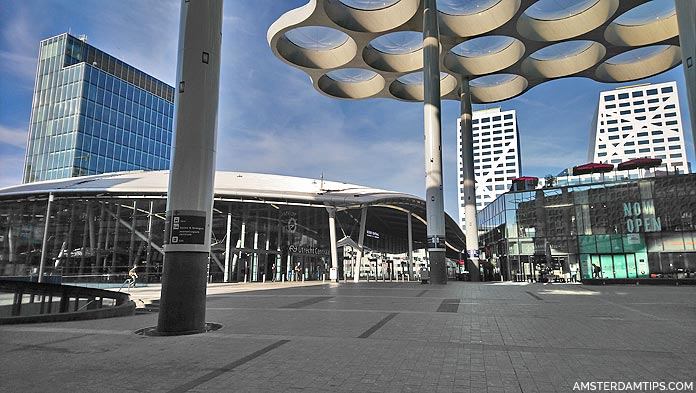 utrecht central stationsplein oost