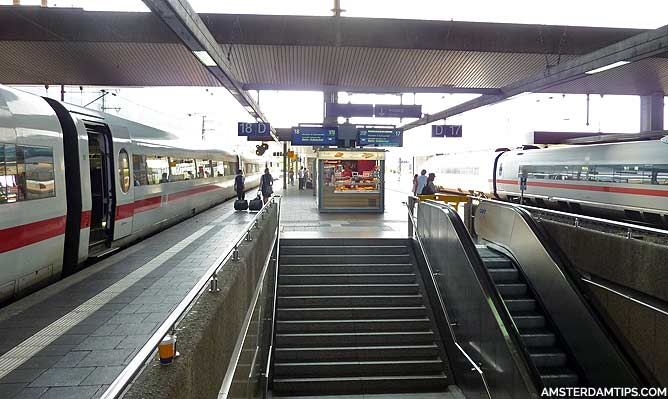 ice trains at dusseldorf hauptbahnhof station