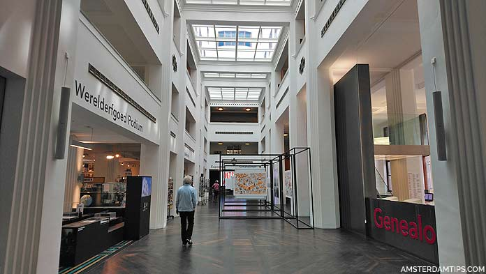 stadsarchief amsterdam main hall