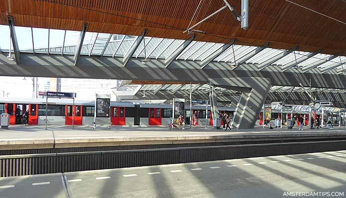 amsterdam bijlmer arena metro station