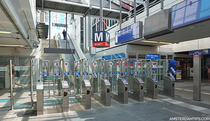 amsterdam zuid metro station