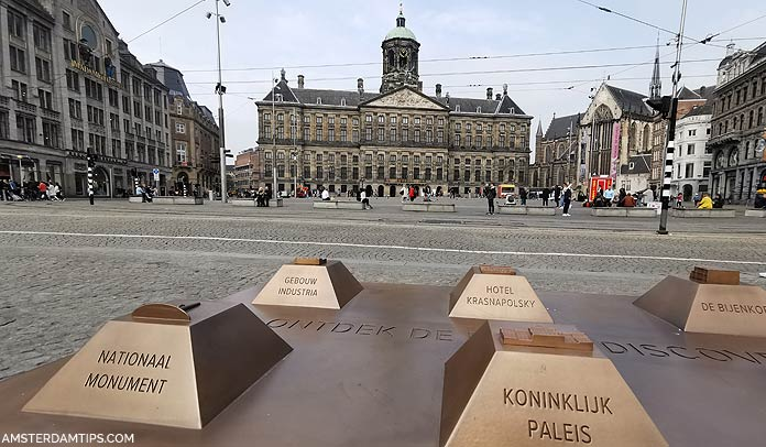 dam square amsterdam sculpture