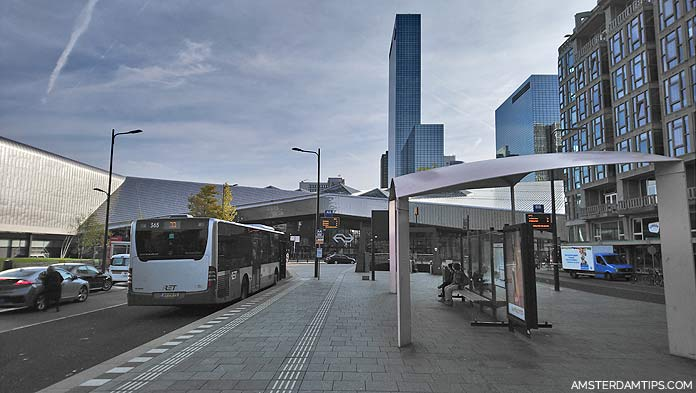 rotterdam central bus stop
