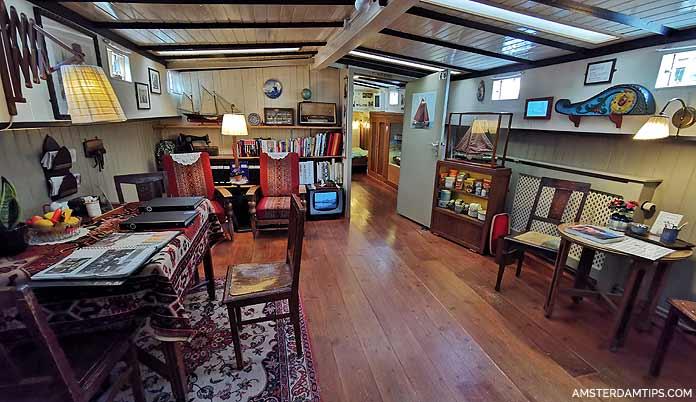housebaot museum amsterdam living room