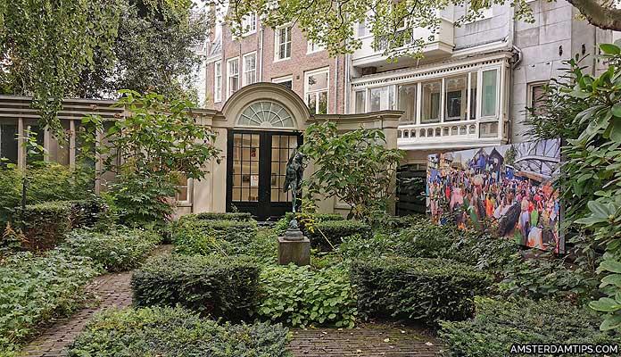 huis marseille museum amsterdam garden