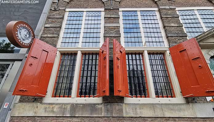 rembrandt house facade