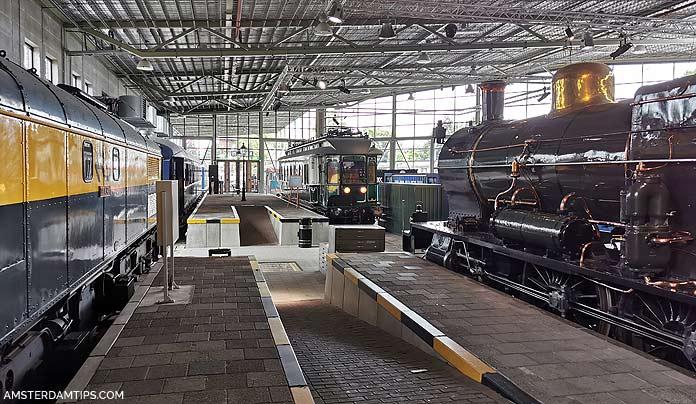 spoorwegmuseum trains